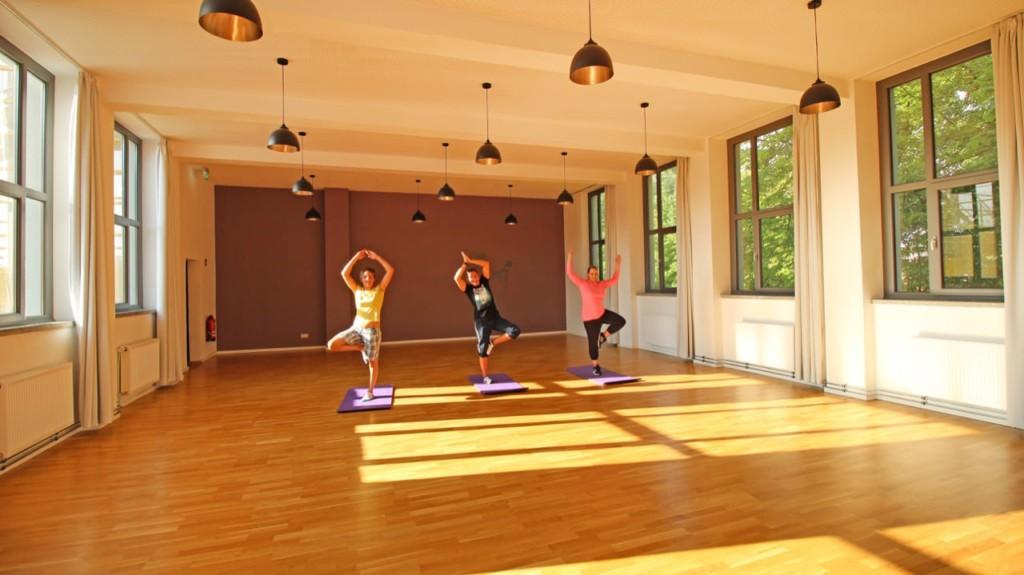 Postel Yoga freiraum